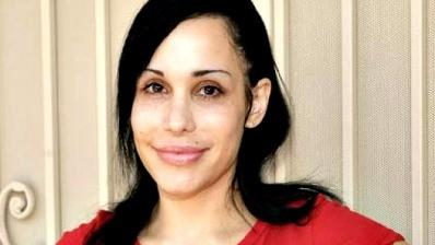 Octomom to strip in West Palm Beach after all