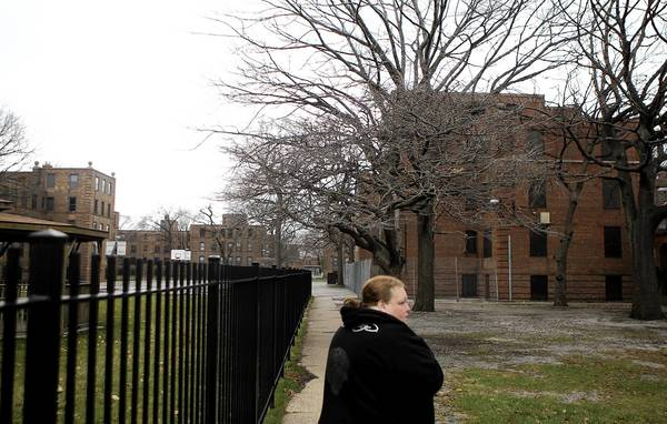 The Chicago Housing Authority's three scenarios for redeveloping the Lathrop Homes would add more market-rate homes to the complex.
