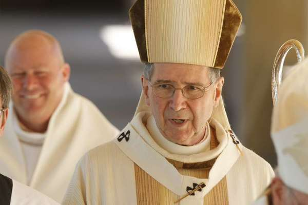 Cardinal Roger Mahony at a mass welcoming the Los Angeles Diocese's new archbishop