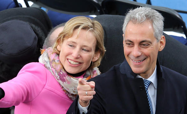 Chicago Mayor Rahm Emanuel and wife Amy Rule greet other dignitaries before the ceremonial inauguration of President Obama.
