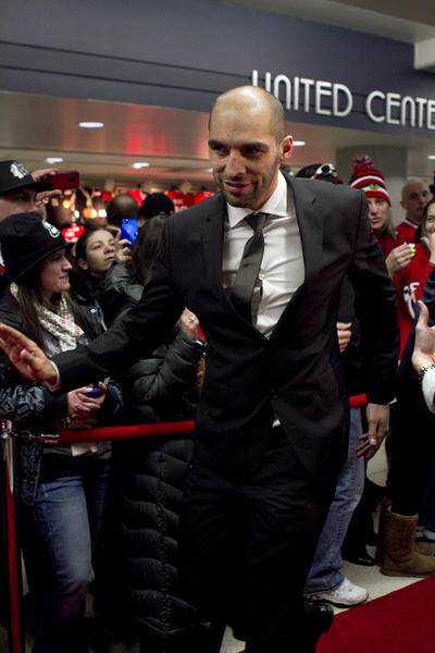 Michal Rozsival greets fans at the red carpet event for the Blackhawks Home Opener held at the United Center (1901 W. Madison).