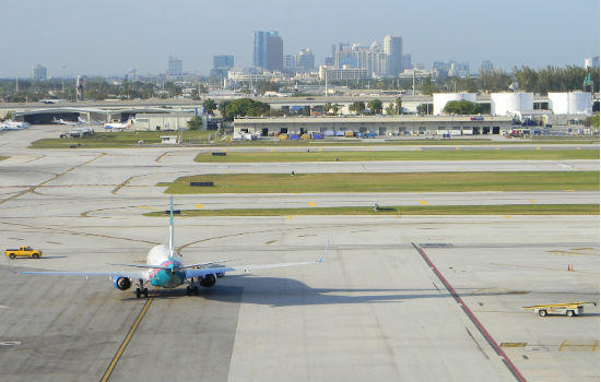 A jetliner taxies to the runway at Fort Lauderdale-Hollywood International Airport.