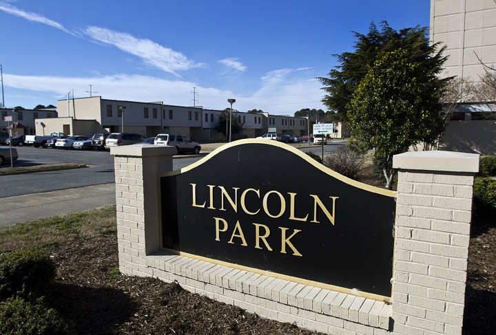 Pictures lincoln park apartments in hampton by joe fudge for The pointe at lincoln park