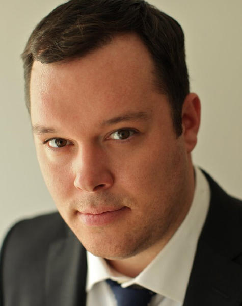 Michael Gladis was raised in Farmington and is a 1995 graduate of Farmington High School. Gladis played Paul Kinsey on the A&E series 'Mad Men.'