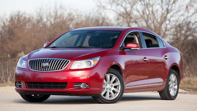 2013 Buick LaCrosse: Car seat check