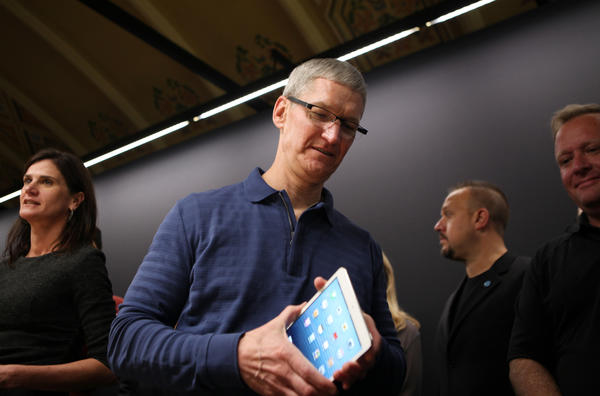 "Apple CEO Tim Cook: ""It's important to us that we make products that customers not just like, but love."""