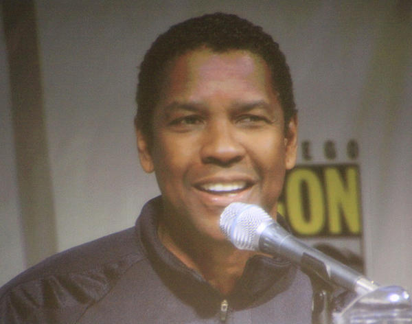 DENZEL NAMED FAVORITE MOVIE STAR