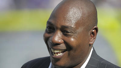 Ravens' Newsome says retirement speculation 'not even close'