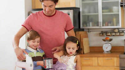 The Number of Stay-at-Home Dads is Growing