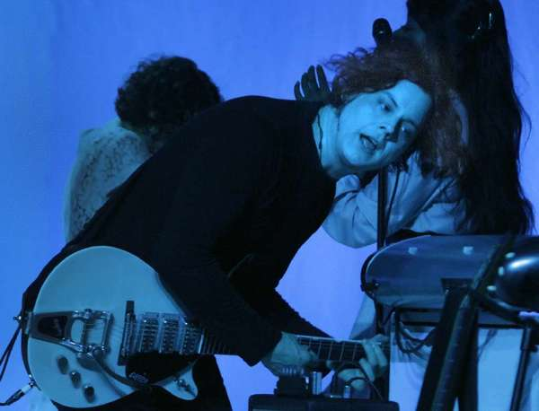 Jack White is among the latest artists announced to perform at the Grammy Awards.