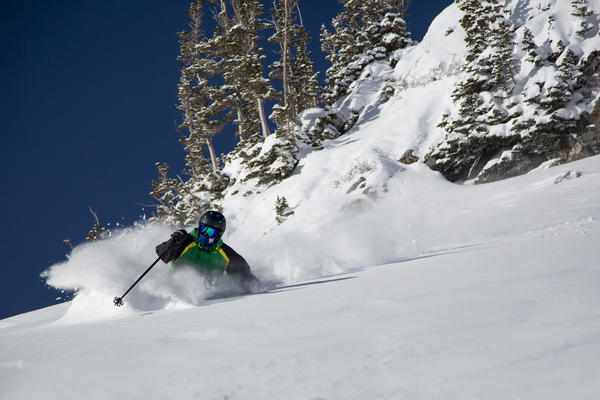 Snowbird resort in Utah is celebrating its 15-plus feet of snow with discounts on several lodging packages.