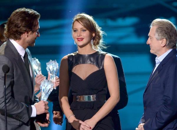 """Silver Linings Playbook"" cast members Bradley Cooper, left, Jennifer Lawrence and Robert De Niro hit the stage at the Critics Choice Awards earlier this month. They should pull off a repeat performance at the SAG Awards on Sunday."