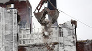 Bridgeport warehouse demolition. Keri Wiginton, Chicago Tribune