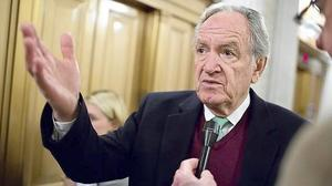 Iowa Sen. Tom Harkin, a liberal stalwart, won't seek reelection