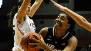 Pictures: UConn Women At Cincinnati