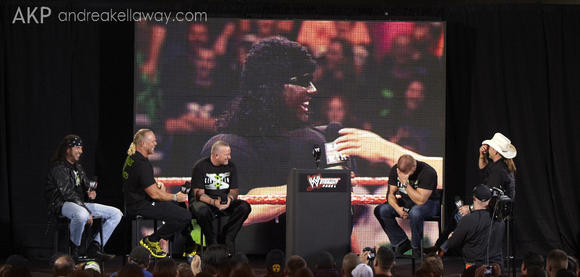 DX at Fan Axxess