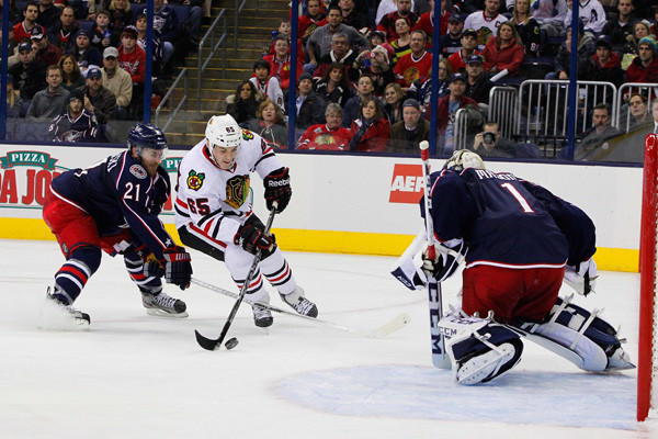 Chicago Blackhawks center Andrew Shaw skates in on Columbus Blue Jackets goalie Steve Mason during the third period at Nationwide Arena. Chicago defeated Columbus 3-2.