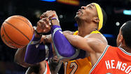 Dwight Howard still center of controversy, confusion