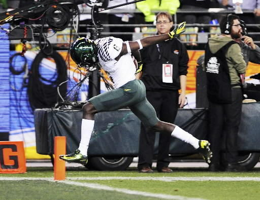 De'Anthony Thomas and Oregon play at Virginia this season.