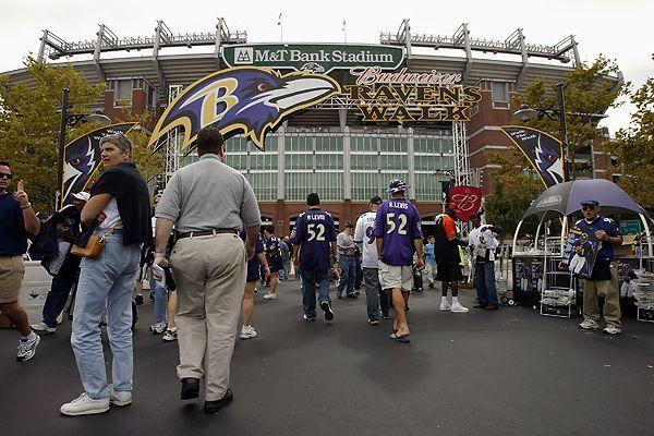 "The first stadium for the Ravens was Baltimore's Memorial Stadium from 1996-1997, home field of the Baltimore Colts and Baltimore Stallions years before.  In 1998 the Ravens moved to their own new stadium next to Camden Yards, according to <a href=""http://articles.baltimoresun.com/1996-07-24/news/1996206115_1_ravens-memorial-stadium-football"">The Baltimore Sun</a>.  Raven Stadium was subsequently renamed PSI Net Stadium and then M&T Bank Stadium."