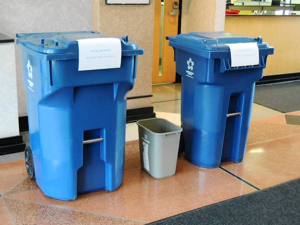 New garbage contract in Elmhurst provides two container sizes but eliminates the smaller one used by some residents.