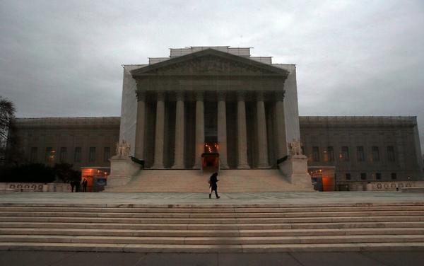 Supreme Court  takes up same-sex marriage issue