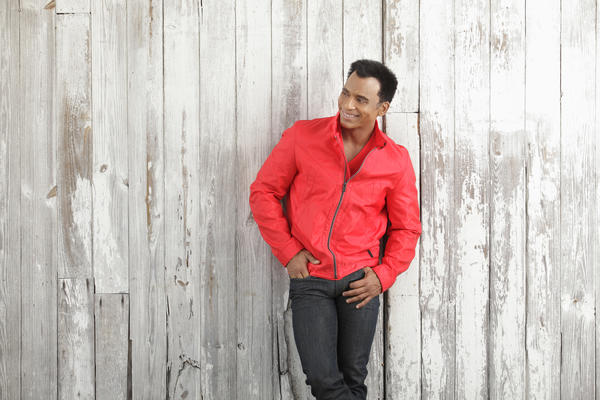 "Jon Secada, a judge on ""Latin American Idol"" and a South Miami resident, will perform Wednesday at Hard Rock Live."