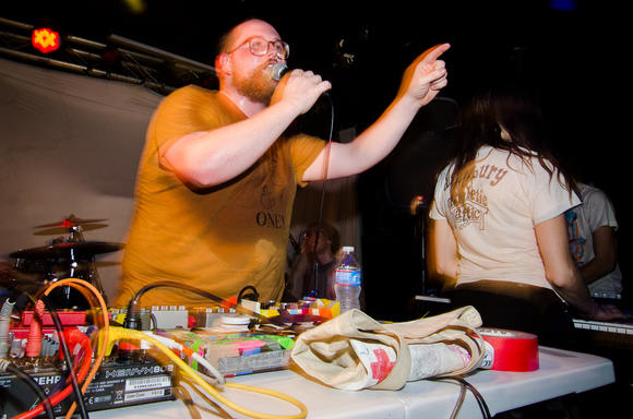 Dan Deacon live shot