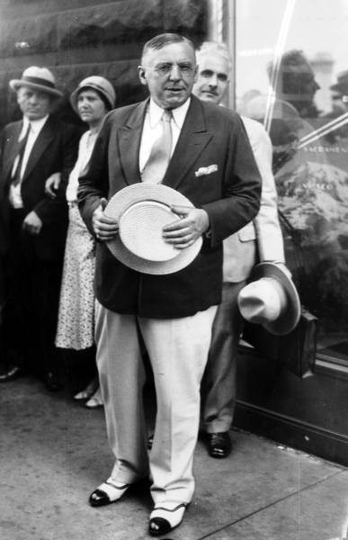 Mayor Anton J. Cermak, pictured here on his return from his summer home at Antioch in June of 1932.