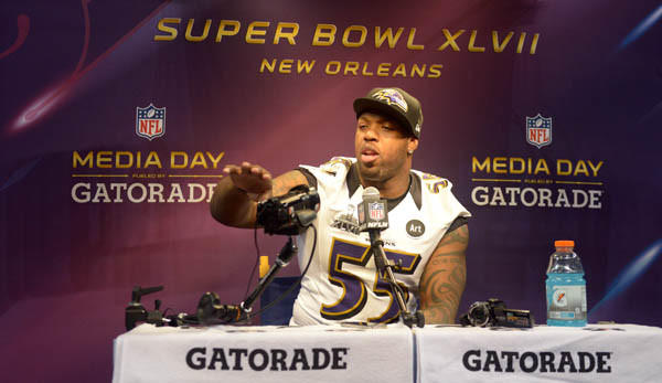 Ravens linebacker Terrell Suggs answers questions during Super Bowl media day.