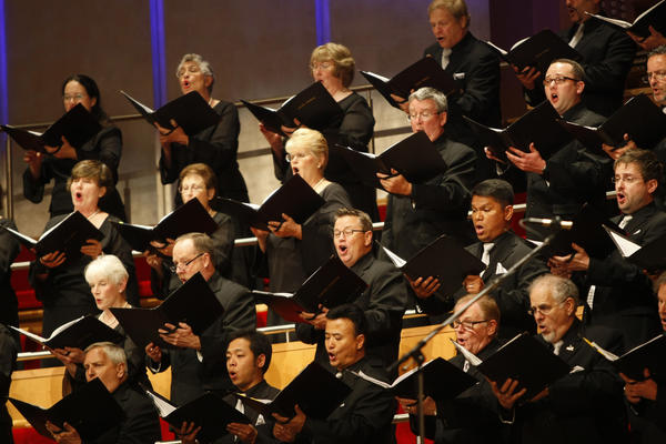 The Pacific Chorale and the Pacific Symphony will be joined by Times pop music writer Randy Lewis in a program of Mozart's music Jan. 31 to Feb. 3 in Costa Mesa