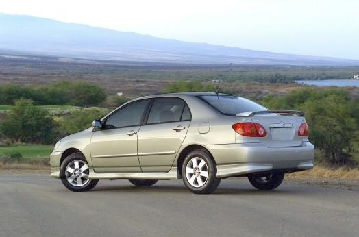 Toyota said it will recall about 750,000 Corollas built in 2003 and 2004 to fix an airbag problem blamed for injuring 18 people.