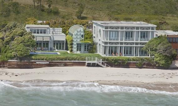 Among top sales locally last year was Oracle Corp. head Larry Ellison's purchase of a three-structure, copper-roofed compound along Malibu's Carbon Beach for $36.944 million.
