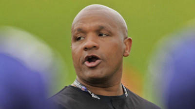 Hue Jackson apologizes for introducing Ray Lewis to co-owner of SWATS