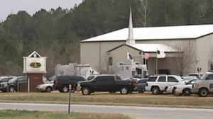 Alabama hostage standoff enters third day