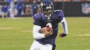 Former Hampton High star Tyrod Taylor adapts to his Ravens' backup role