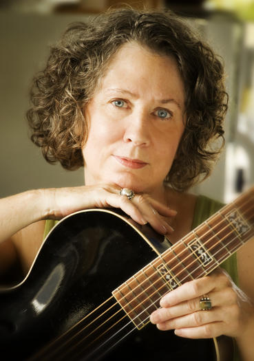 Mary Flower will headline the 2013 Hampton Acoustic Blues Revival, according to an announcement.