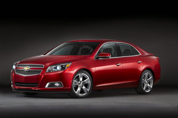 GM is recalling more than 8,000 2013 Chevy Malibu sedans for bolts in the rear suspension that may not have been tightened enough.