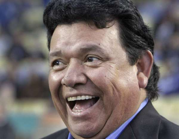 Former Dodger great Fernando Valenzuela will be inducted in the Caribbean Baseball Hall of Fame.