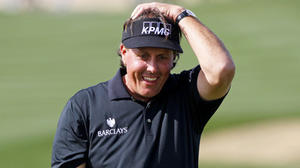 Watch Phil Mickelson lip out putt to miss shooting a 59 [Video]