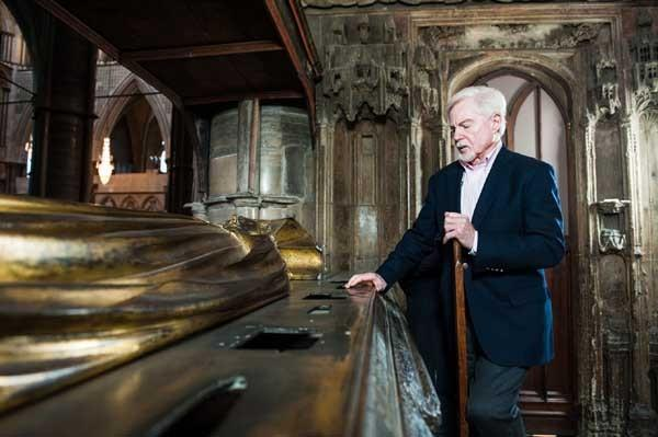 """Richard II"" is explored by Derek Jacobi in a new episode of ""Shakespeare Uncovered"" at 9 p.m. on KOCE. A second new episode follows at 10"