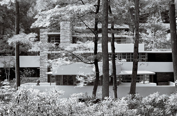 Fallingwater, Pennsylvania | Architect: Frank Lloyd Wright