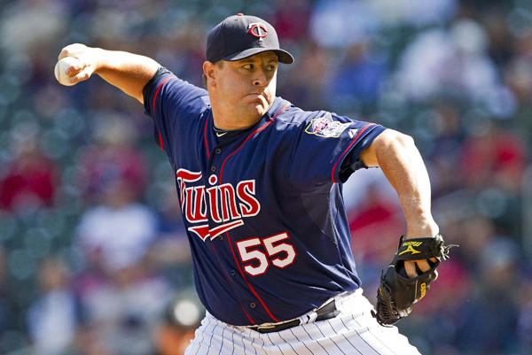 The former Twins reliever has agreed to a minor league deal with the Cleveland Indians with an invitation to spring training.