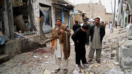 Suicide bomber kills 23 near Pakistan mosque