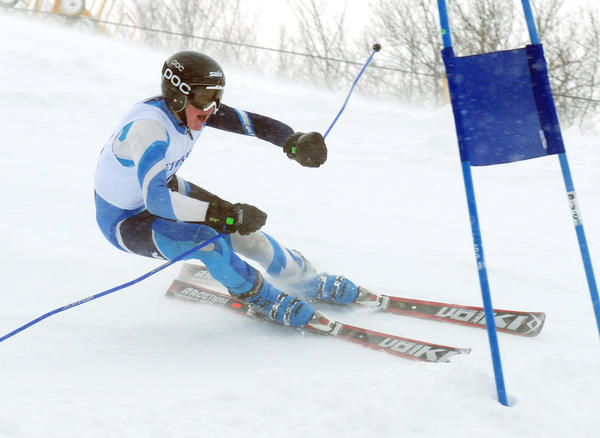 Petoskey's Gunnar Lundteigen approaches a giant slalom gate during Thursday's Big North Conference meet at Nub's Nob. Lundteigen won the slalom in 1 minute, 2.98 seconds to lead the Northmen boys to the team win.