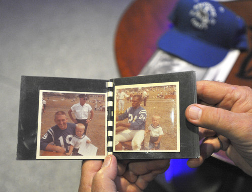 Sun archives: Baltimore Colts photos - Old memories