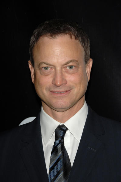 "Actor <a class=""taxInlineTagLink"" id=""PECLB003712"" title=""Gary Sinise"" href=""/topic/entertainment/gary-sinise-PECLB003712.topic"">Gary Sinise</a> turns 57."