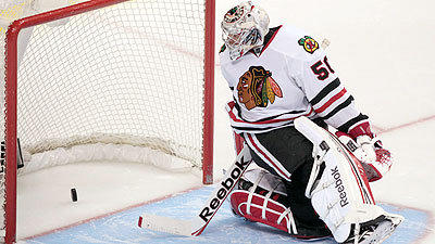 Chicago Blackhawks Blackhawks Fall To Canucks In Shootout: Hawks Lose 2nd Straight To Drop To 6-0-2