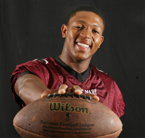 Ray Lewis III of Lake Mary Prep will sign with the University of Miami on Wednesday, National Signing Day.
