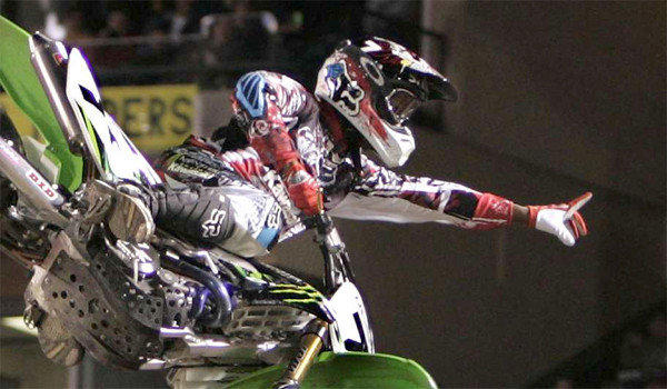 James Stewart finished fourth at the Monster Energy AMA Supercross Series at Angel Stadium on Saturday.